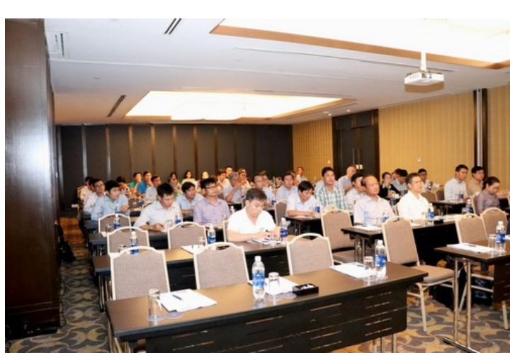 Maverick Extruder Development Group in Vietnam